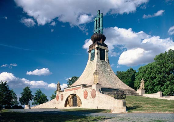 The Memorial to the Battle of Austerlitz, Slavkov near Bmo, South Moravia, Tschechien
