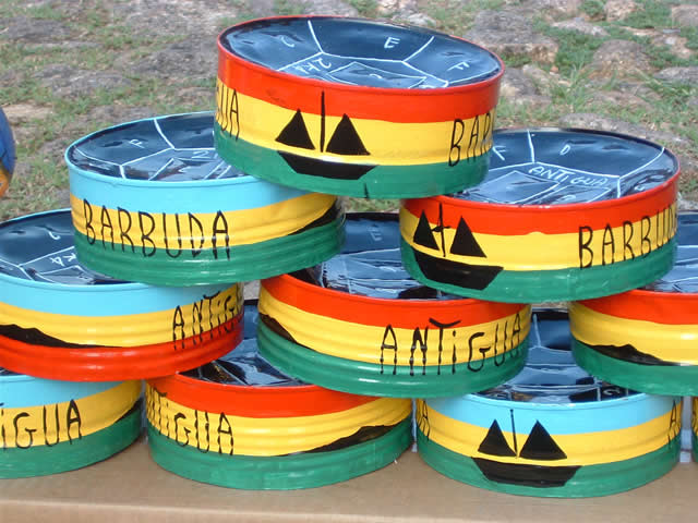 Dosen aus Antigua - Antiguan Steelpans, Antigua & Barbuda